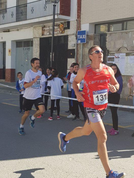 Participación del IES Serranía en el IX Circuito Alozaina Solidaria - Foto 2